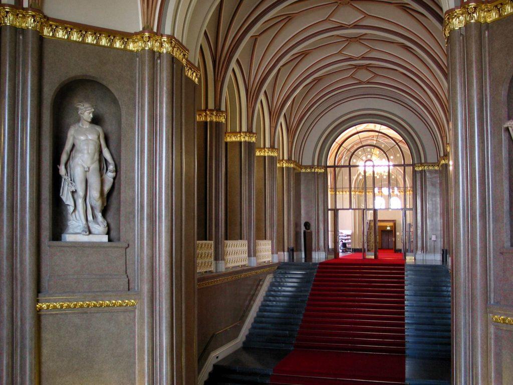 Restaurierung rotes rathaus wandmalerei berlin - Wandmalerei berlin ...